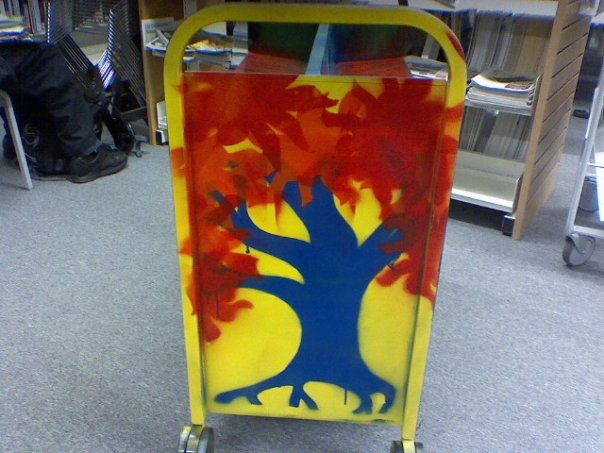 Bookcart blue tree with red leaves