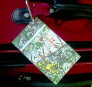 picture of a luggage tag