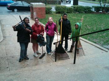 Necole, Miss Julie, Miss Heather, Jenise, and Zaria: Yard Warriors!