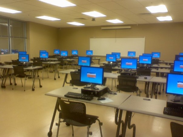 Computer lab at Northwest One Library