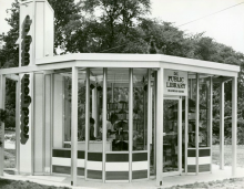 Deanwood Kiosk, DCPL Photo Archives
