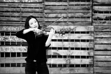 Michelle Kim Playing the Violin