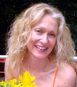 Pamela Passaretta - Poets on the Fringe