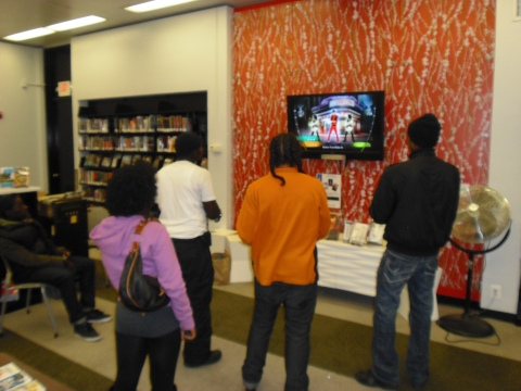 Teens Playing Michael Jackson: The Experience on Nintendo Wii
