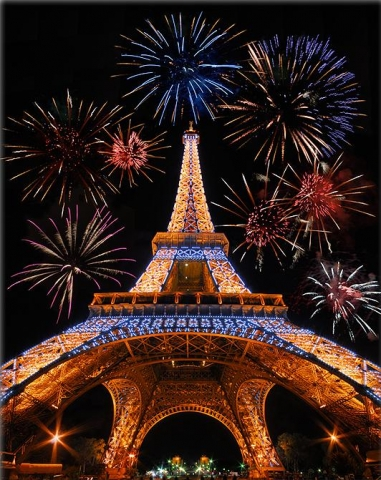 Eiffel tower picture with fireworks
