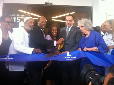 Ribbon-cutting at William O. Lockridge/Bellevue
